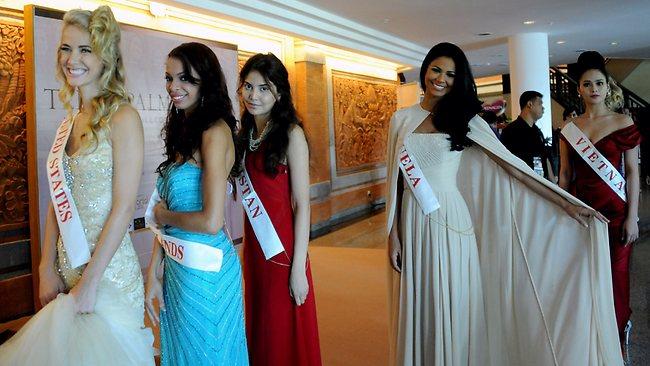 Miss World 2013 begins despite Muslim hardline protests