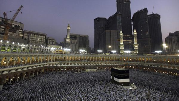 Fake hajj pilgrimage campaigns exposed by Saudi authorities
