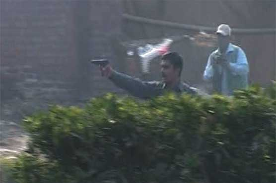 One killed as PTI, PML-N supporters clash in Faisalabad