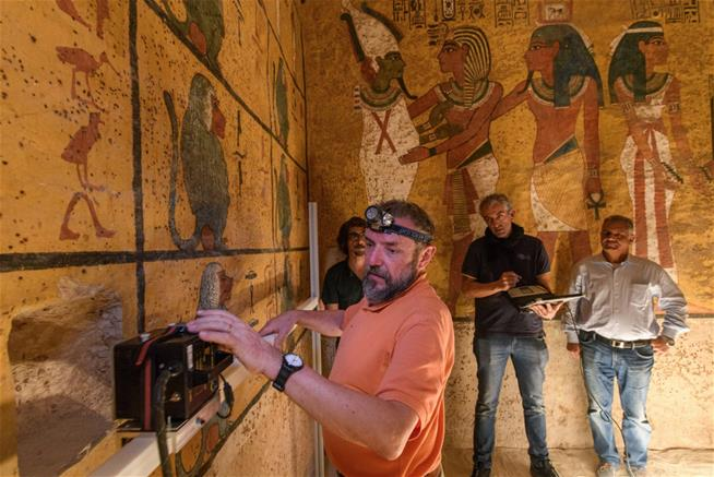 The Curse Of King Tuts Tomb Torrent: Researchers May Finally Settle King Tut Tomb Mystery